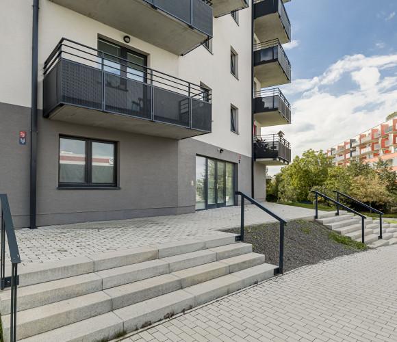 Prodej bytu 1+kk, 36 m2 - Škrábkových, Praha 9