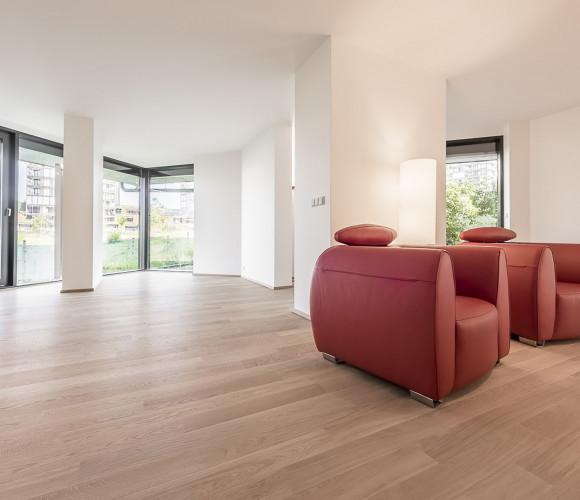 Rent commercial offices, 287 m2 - Pitterova, Prague 3