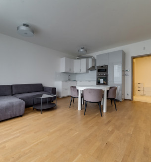 Pronájem bytu 2+kk, 62 m2 - V Háji, Praha 7