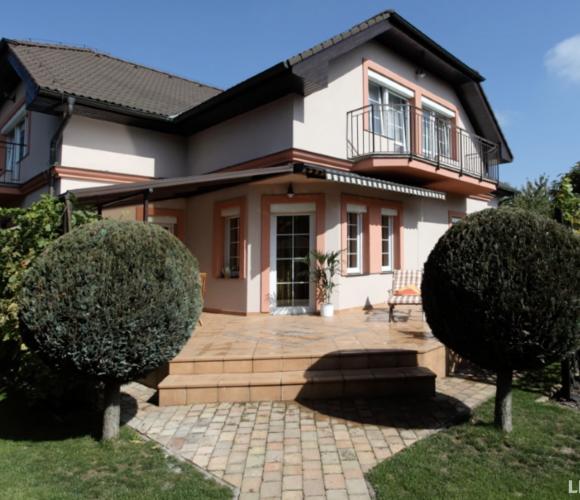 Prodej domu rodinný, 491 m2, Praha-západ