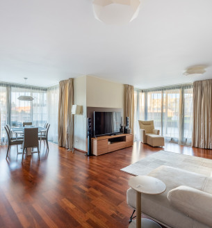Продажа квартиры 4+kk, 163 m2 - Ke Kapslovně, Прага 3