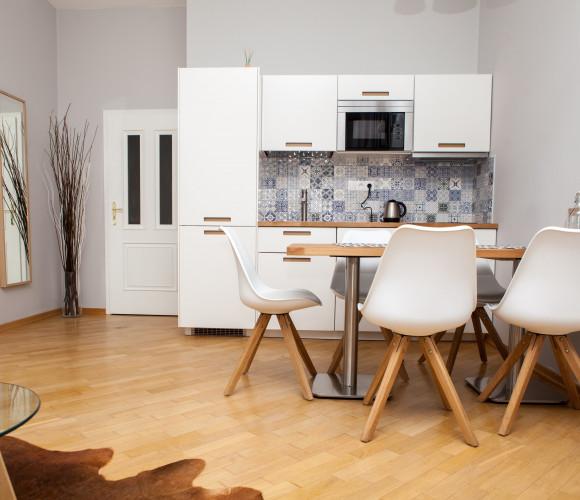 Pronájem bytu 2+kk, 44 m2 - Klimentská, Praha 1