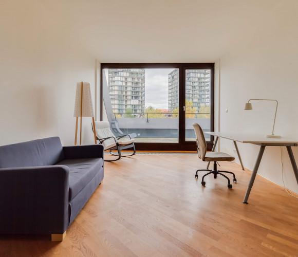 Аренда квартиры 4+kk, 172 m2 - Pitterova, Прага 3