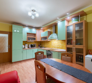 For sale flat 2+1, 76 m2 - Petržílkova, Prague 5