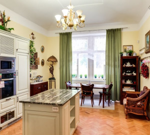 For sale flat 3+kk, 95 m2 - Šmilovského, Prague 2