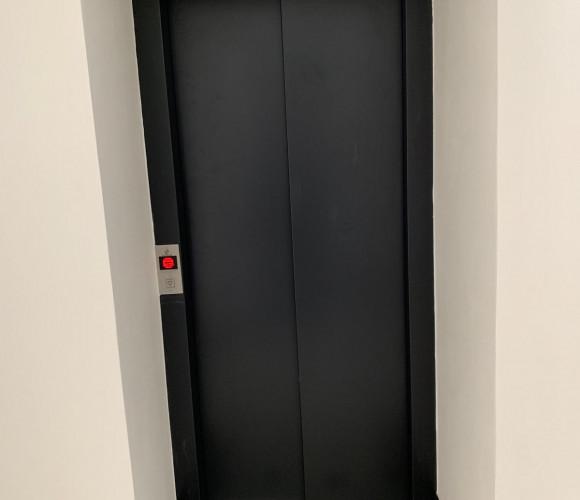 Prodej bytu 1+kk, 33 m2, Praha 10