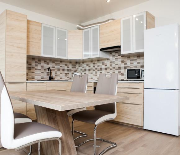 Rent flat 3+kk, 89 m2 - Vojenova, Prague 8