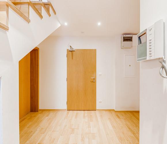 Prodej bytu 4+kk, 141 m2 - Ke Kapslovně, Praha 3