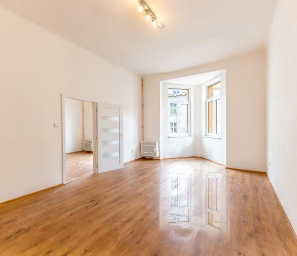 Rent flat 3+kk, 84 m2 - Kolínská, Prague 3