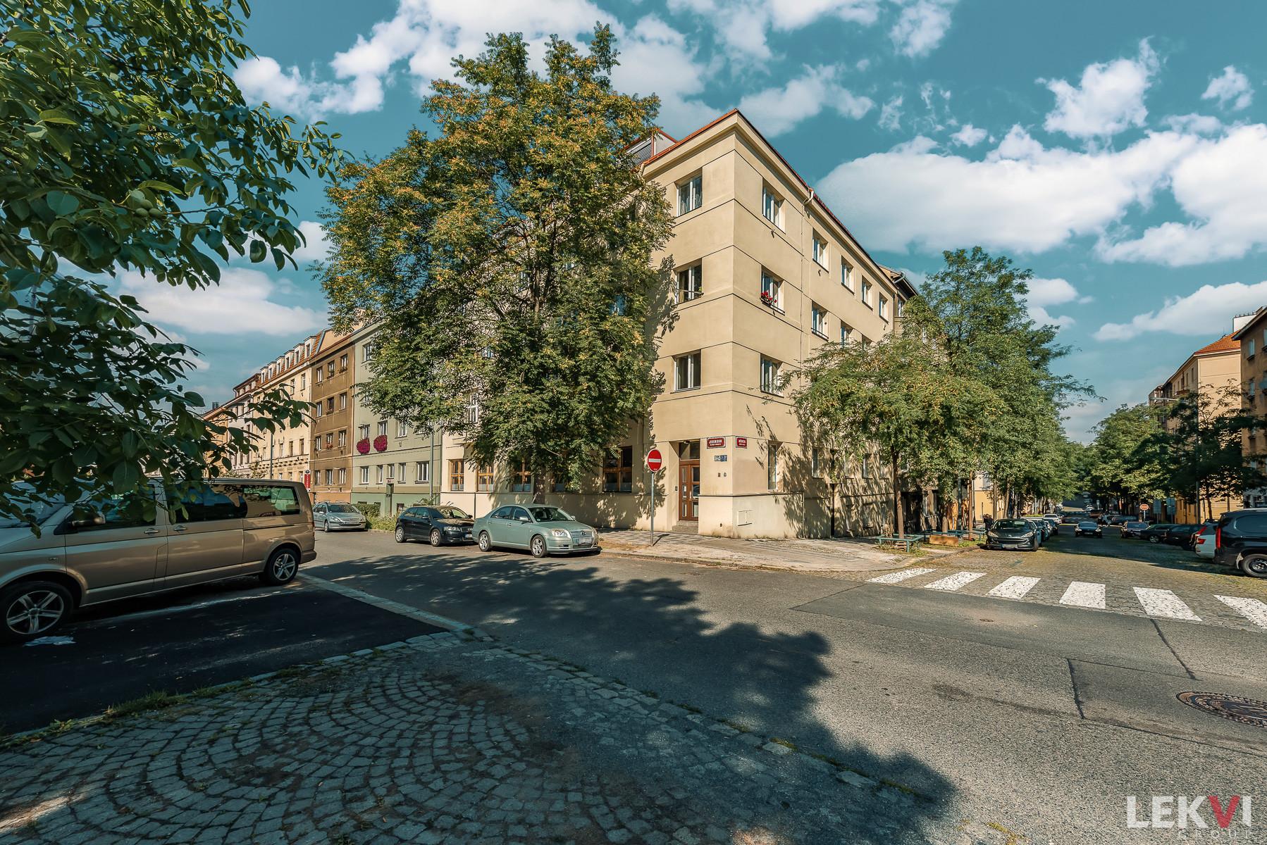Prodej bytu 2+kk, 50 m2 - Hájkova, Praha 3