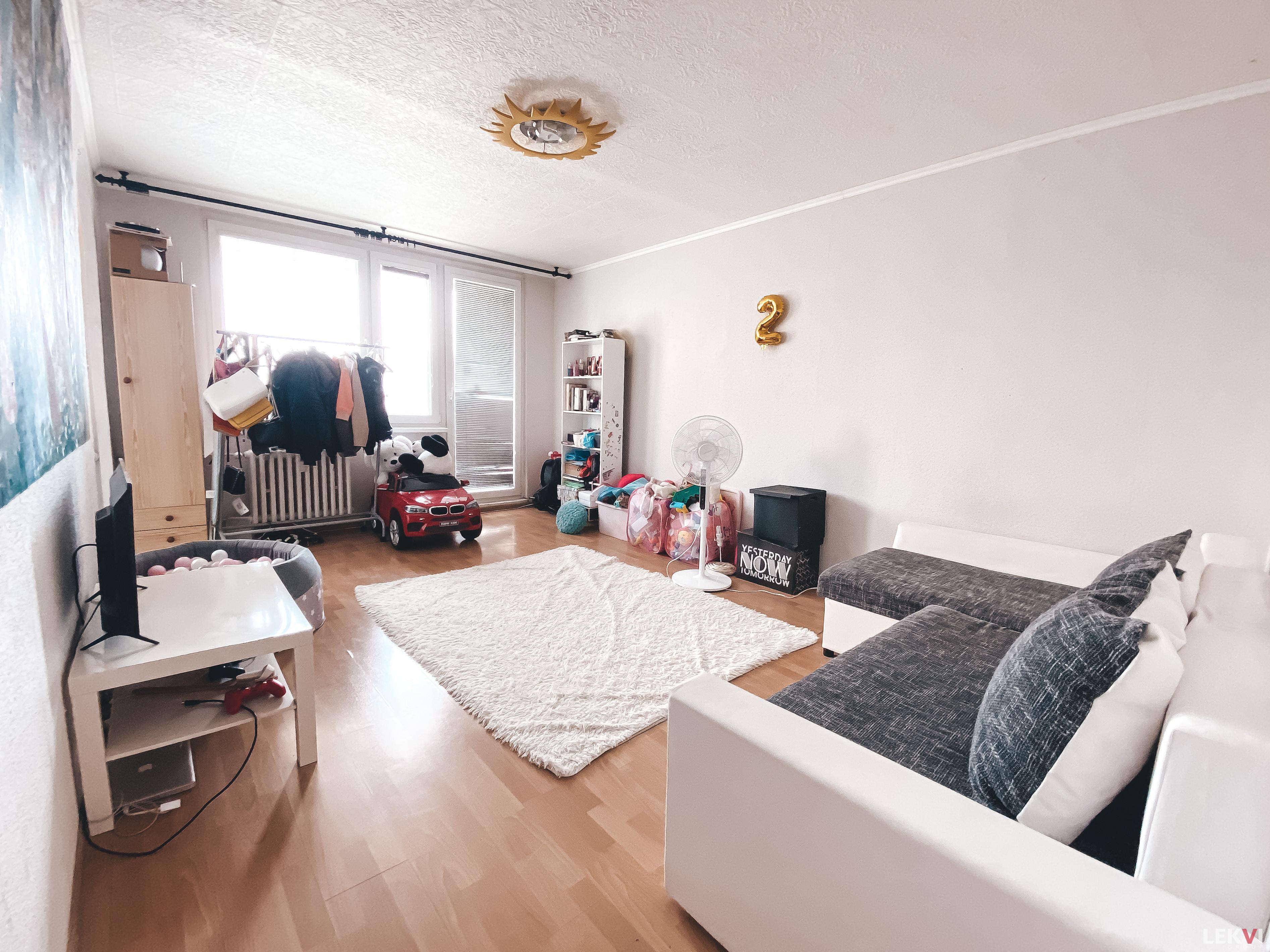 Pronájem bytu 3+1, 74 m2 - Suchý vršek, Praha 13