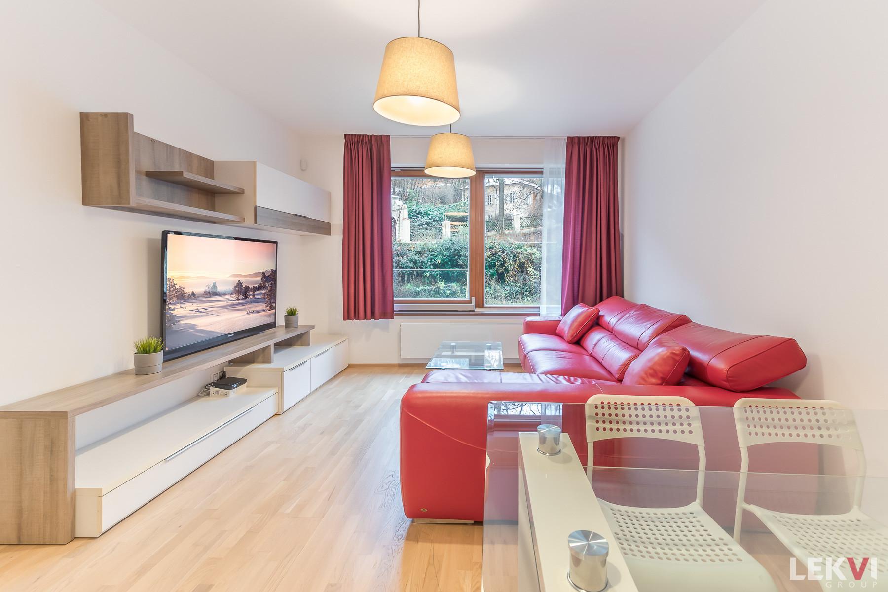Rent flat 2+kk, 56 m2 - Mozartova, Prague 5
